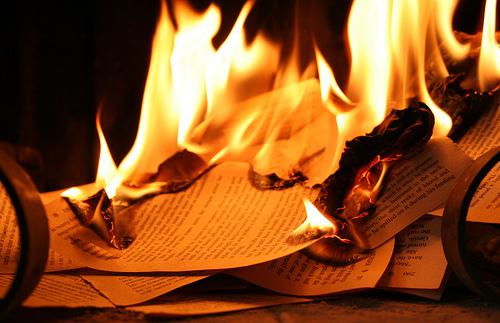 Fahrenheit 451 Essay Examples